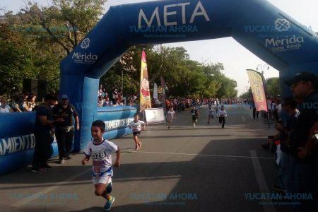 Con carrera atlética celebran los 10 años del programa D.A.R.E. en Mérida