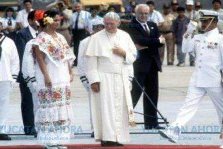 Con exposición fotográfica celebrarán 25 años de la visita a Yucatán de Juan Pablo II