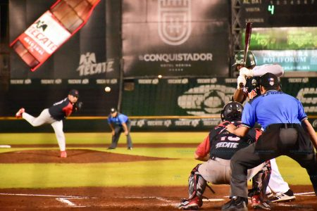 Bravos arrancan la serie con victoria de 6-4 sobre Leones de Yucatán