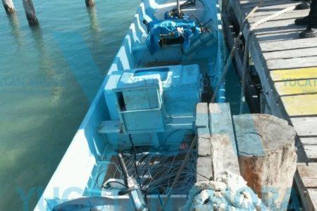 Lancha pesquera arrolló a un buzo que emergía del mar en Progreso