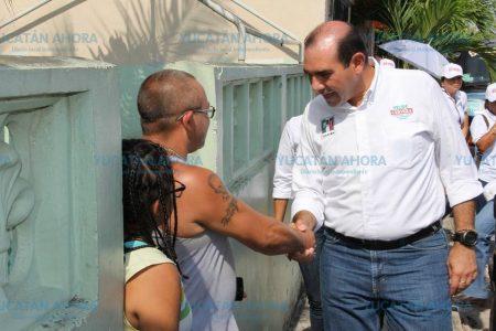 Felipe Cervera le pide al PRI que, como en el futbol, no le 'desbaraten' su defensa
