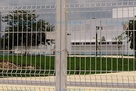 Peña Nieto inauguró un hospital solo para la foto