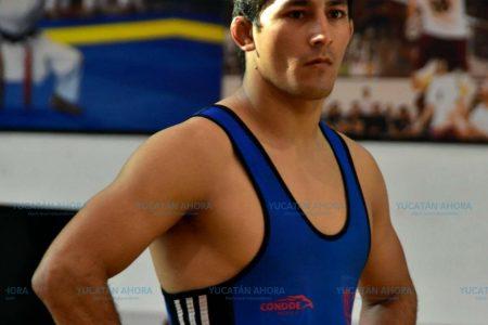 Luchador yucateco obtiene boleto a mundial universitario