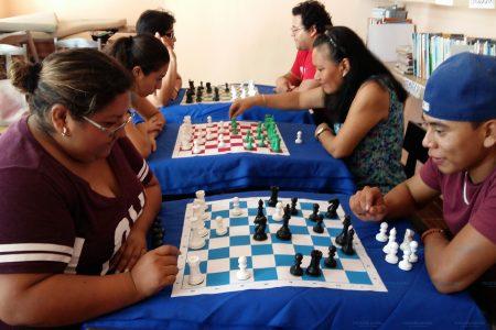 Más apoyo a la descentralización del ajedrez