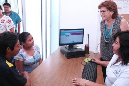 Digitalizan el historial de atención a la salud de los meridanos
