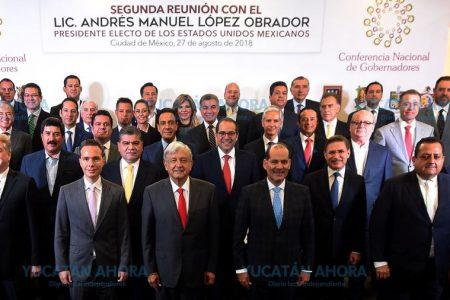 Pide Mauricio Vila a AMLO escuchar la opinión de los gobernadores