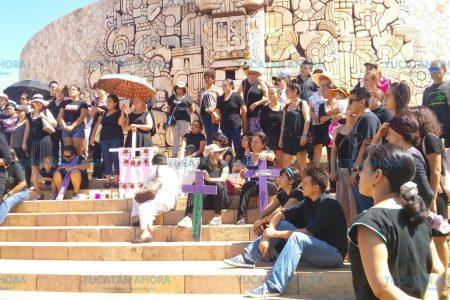Carta abierta de la red 'Mujeres que Luchan' para exigir justicia por feminicidios
