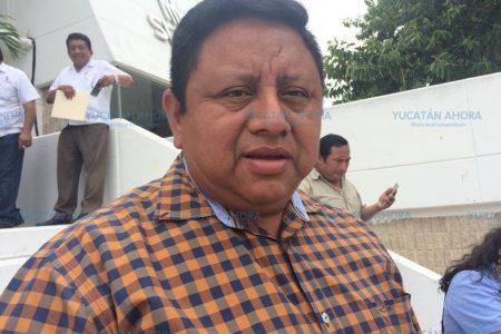 Se va el alcalde de Tekax sin pagar la última quincena: toman el palacio municipal