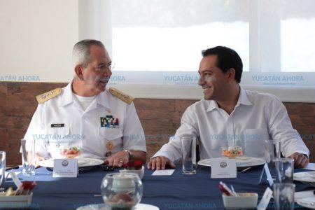 Se reúne Mauricio Vila con nuevo comandante de la 9a. Zona Naval de Yucatán
