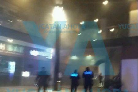 Se quema Volta Café de Plaza Luxus en Altabrisa