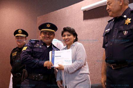 La profesionalización policiaca, la vía más corta para prevenir el delito