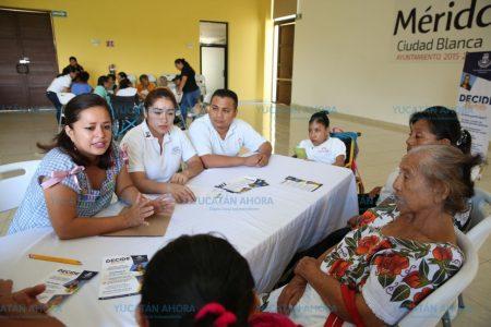 Adultos mayores participan también en 'Decide Mérida'