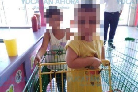 Menores salen de casa y caminan descalzos hasta un supermercado en Ciudad Caucel