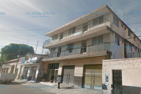 Lo encuentran muerto en céntrico hotel de Mérida