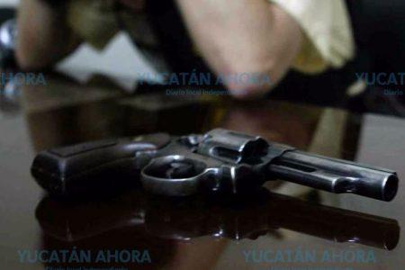 Se pega un tiro tras discutir fuertemente con su esposo, en una privada de Mérida