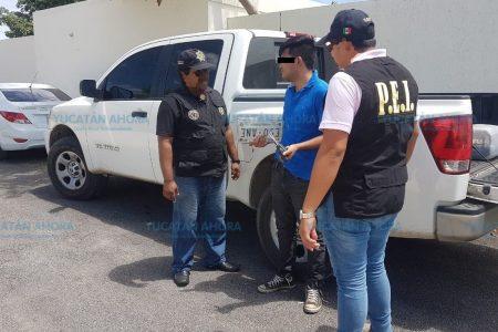 Detienen a joven tabasqueño por robar placas de autos en Las Américas
