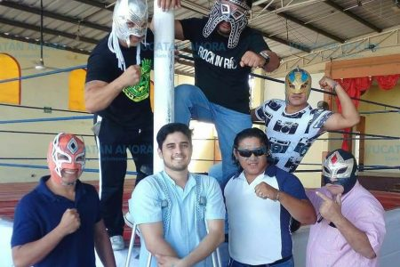 Estrenan nueva arena en el resurgimiento de la lucha libre en Yucatán
