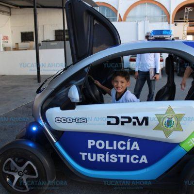 Enseñan a niños y niñas a no tenerle miedo a los policías