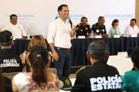 Convoca Mauricio Vila a alcaldes a sumar esfuerzos sin distinción política