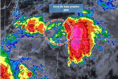 Recomiendan estar informados por una tormenta estacionada en Mar Caribe