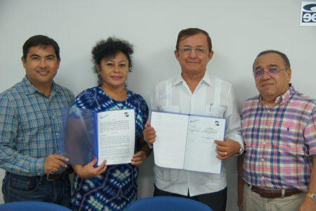 Firman convenio para impulsar la educación profesional
