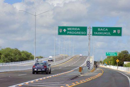 Entra en operación el distribuidor vial de Baca