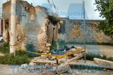 El tiempo y la humedad vencen antiguo predio del centro de Mérida