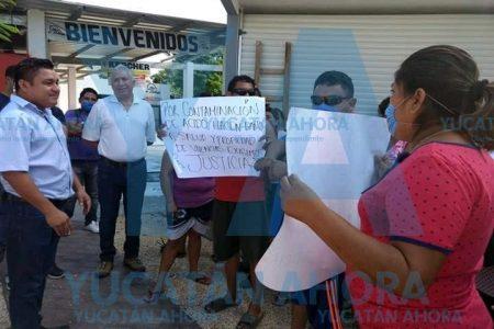 Protestan vecinos de Umán: piden que se cierre bodega donde hubo fuga tóxica