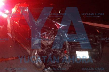Taxista dormita y causa tragedia en peligroso crucero de la carretera Mérida-Chetumal