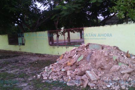 Escombro macabro en Izamal: lo sacan del cementerio y lo llevan a una escuela