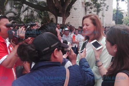 Llega Margarita Zavala a la toma de posesión de Mauricio Vila