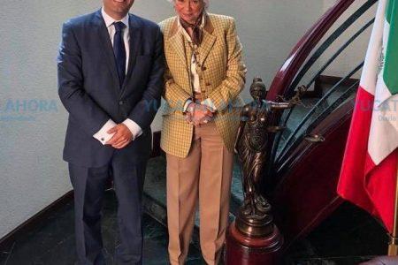 Mauricio Vila le 'presume' a Olga Sánchez Cordero su plan de austeridad
