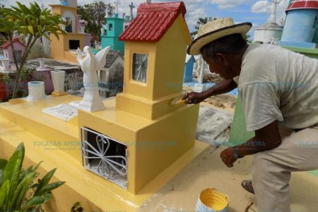 Renacen las tumbas en los cementerios meridanos