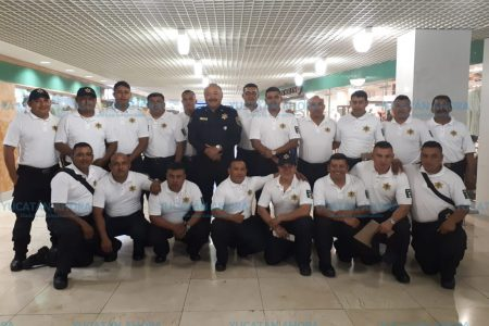 Viajan a Miami policías de Mérida que tomarán curso S.W.A.T.