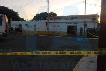 Autobús urbano atropella y mata a un transeúnte en Progreso