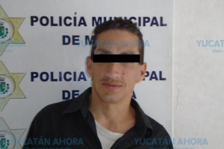 Estrangulaba a una mujer en las puertas de la Policía de Mérida