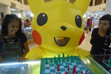 Pikachu le da su aval al juego ciencia