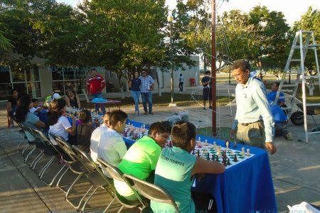 Entra en ebullición el ajedrez en la Unidad Deportiva del Sur