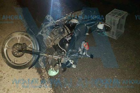 Trágico paseo juvenil: choca en motocicleta y muere su novia