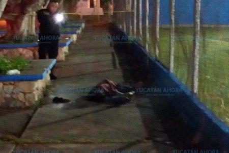 Lo encuentran muerto junto al campo de béisbol de la Nueva Pacabtún