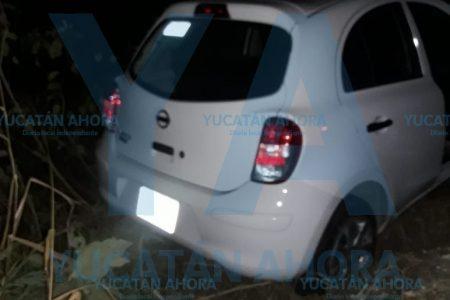 Conductor ocasiona accidente automovilístico en la carretera Tizimín-Río Lagartos