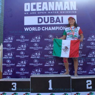 Joven nadadora yucateca triunfa en Dubai