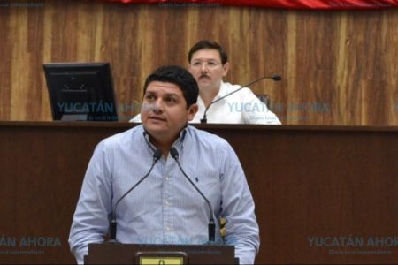 Propone el diputado Víctor Merari que no vayan en moto niños menores de cinco años