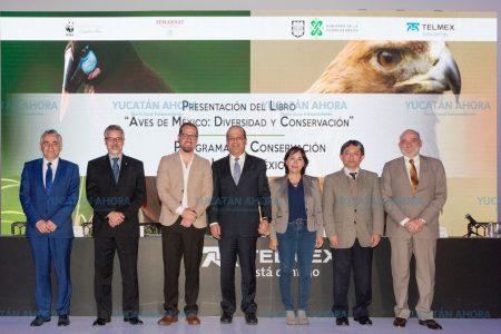 Presentan el libro 'Aves de México: diversidad y conservación'