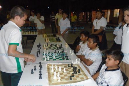 Promoción del ajedrez en la Escuela Secundaria Federal 10