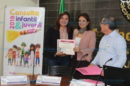 Infantes y jóvenes yucatecos participan en las grandes decisiones del país