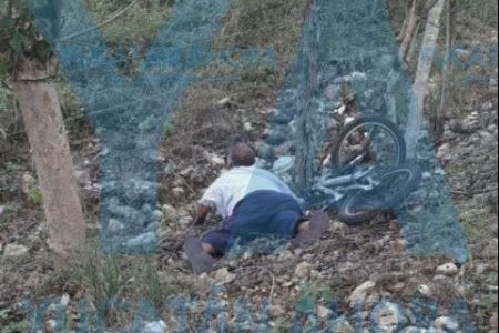 Horrible muerte en una carretera del oriente de Yucatán