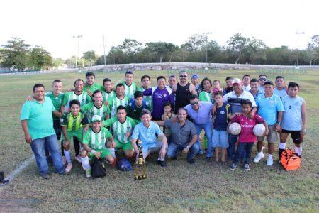 Huracanes de la Mulsay, campeones en el futbol del sur