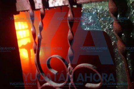 Se incendia bodega en un predio de Komchén