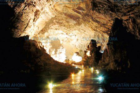 Hallan cueva donde sacerdotes mayas extraen agua virgen para trascender